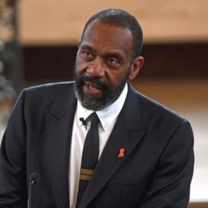 Sir Lenny Henry calls for TV and film tax break to boost diversity