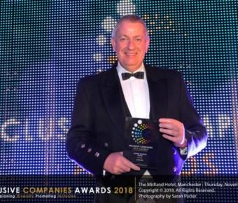 Alan Bell wins lifetime achiever award